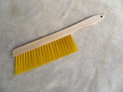 bee-brush